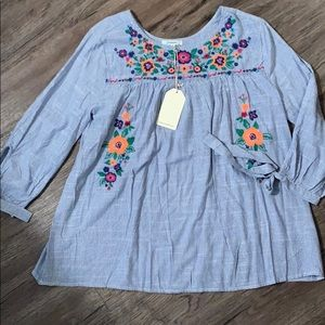 Jodifel Embroidered Top